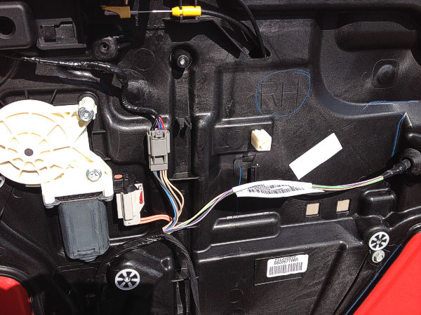 Wiring Pin Layout Amp Signals On The Door Of A Jeep